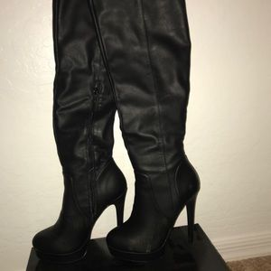 Shoes - Thigh high boots never worn very cute !
